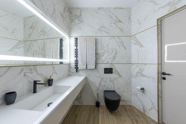 cómo decorar tu baño en 2021