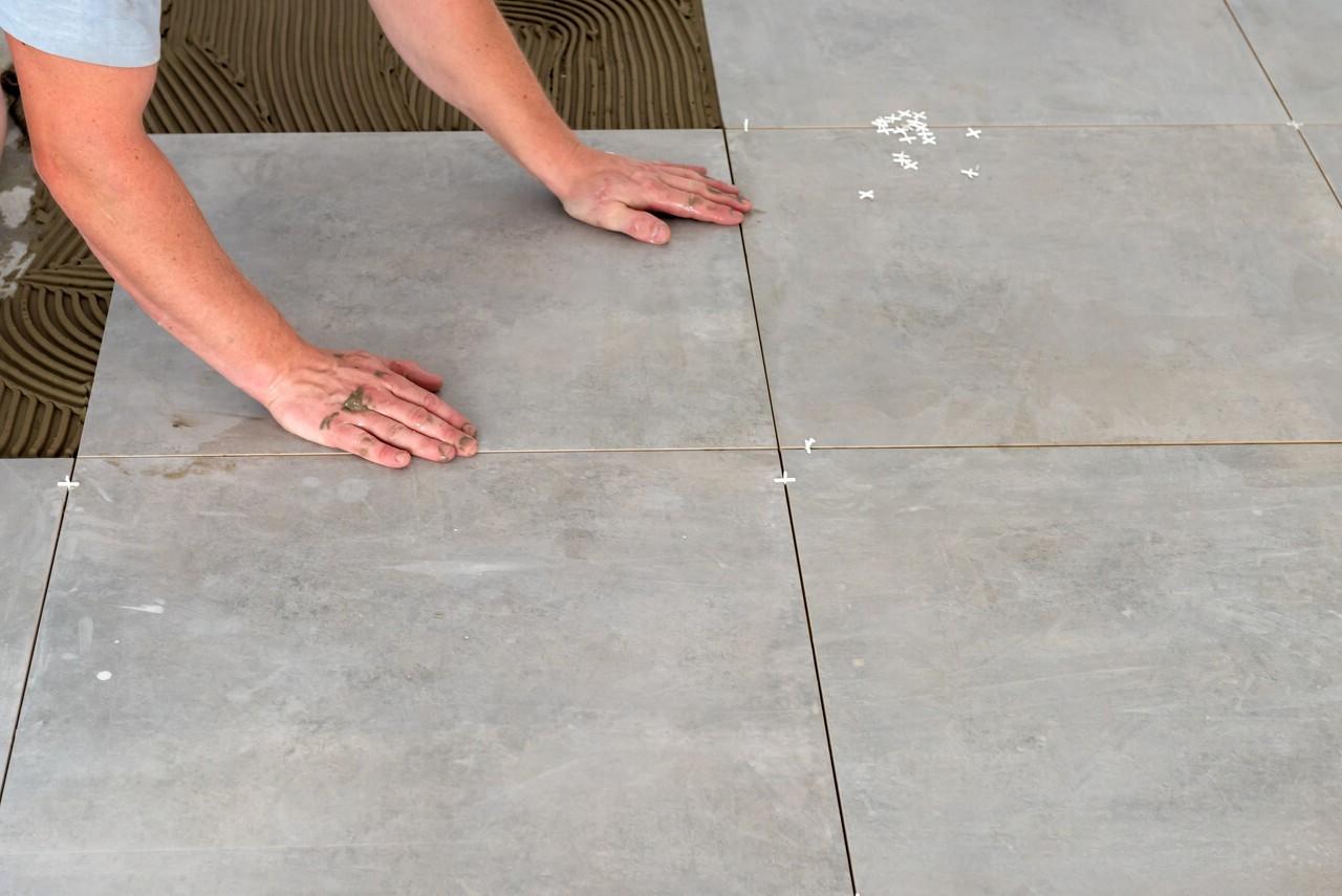 suelo porcelánico